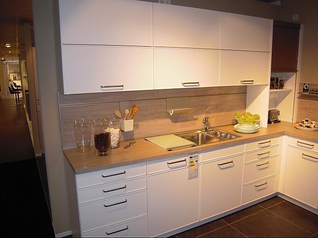 contur musterk che par ausstellungsk che in kornwestheim von die einrichtung kleemann kg. Black Bedroom Furniture Sets. Home Design Ideas