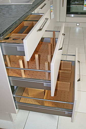 nobilia musterk che hochwertige musterk che lack sand matt naturstein ausstellungsk che in. Black Bedroom Furniture Sets. Home Design Ideas