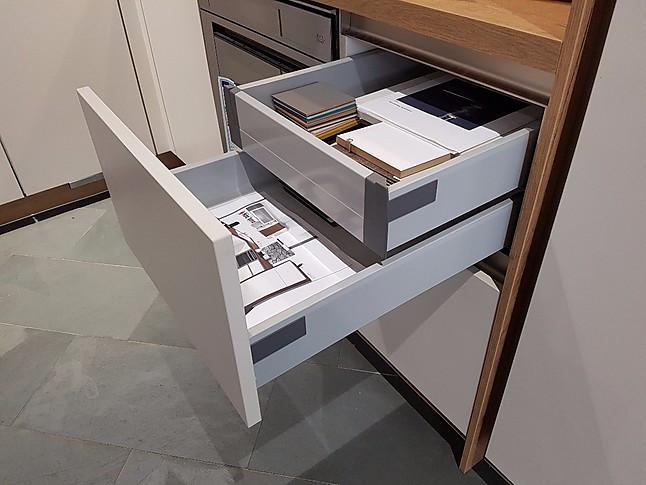 brigitte musterk che brigitte k chen l k che mit ger ten. Black Bedroom Furniture Sets. Home Design Ideas