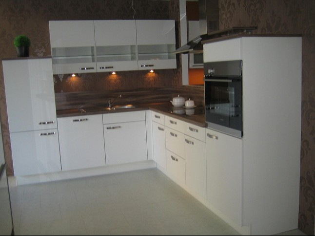 nobilia musterk che wei softmatt ausstellungsk che in von. Black Bedroom Furniture Sets. Home Design Ideas