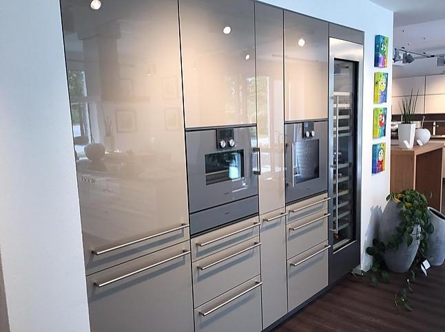 beckermann musterk che rio hochglanz wei gaggenau ger te. Black Bedroom Furniture Sets. Home Design Ideas