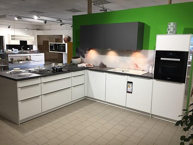 Störmer Küche störmer küchen musterküche moderne störmer küche mit glasfront in