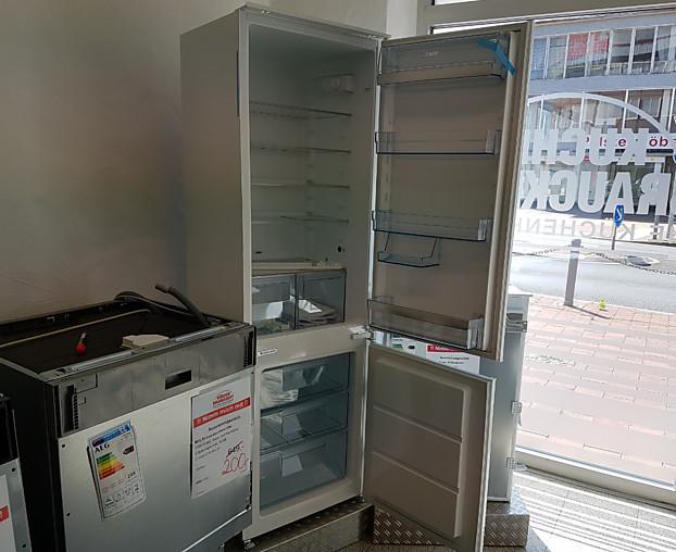 Aeg Kühlschrank Einbau : Kühlschrank scs s einbau kühl gefrier kombination aeg