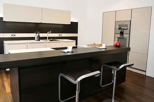 poggenpohl musterk che musterk che 5 ausstellungsk che in n rnberg von panitz k chen und. Black Bedroom Furniture Sets. Home Design Ideas