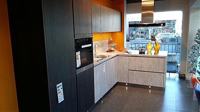 h cker musterk che systemat av 6022 av 2080 ausstellungsk che in bergisch gladbach von m bel. Black Bedroom Furniture Sets. Home Design Ideas