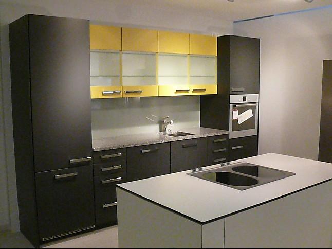poggenpohl musterk che poggenpohl design premium k che ausstellungsk che in von. Black Bedroom Furniture Sets. Home Design Ideas