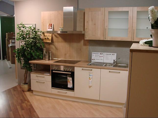 h cker musterk che classic ausstellungsk che in mammendorf von keser home company mammendorf. Black Bedroom Furniture Sets. Home Design Ideas