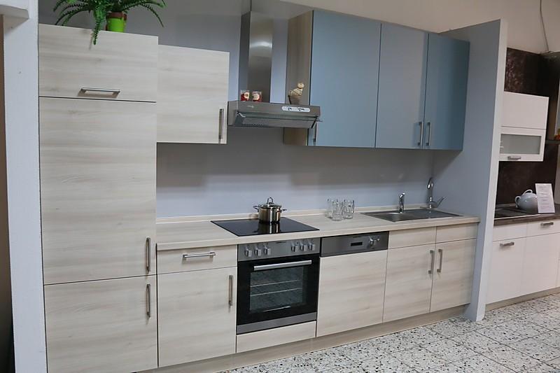 musterk che himmelblaue k chenzeile 320 breit ausstellungsk che in dortmund von k che concept. Black Bedroom Furniture Sets. Home Design Ideas