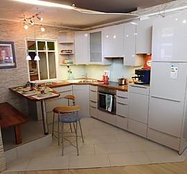 nobilia musterk che nobilia k che primo magnolie ausstellungsk che in d sseldorf von. Black Bedroom Furniture Sets. Home Design Ideas