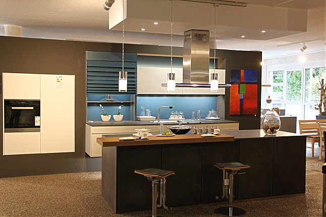 leicht kchen preise fabulous die bondi von leicht ab. Black Bedroom Furniture Sets. Home Design Ideas