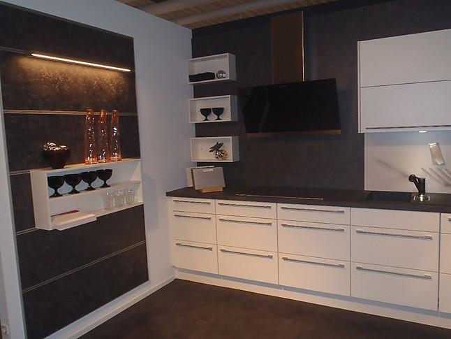 nobilia musterk che design einbauk che ausstellungsk che in birkenau von einrichtungshaus willi. Black Bedroom Furniture Sets. Home Design Ideas