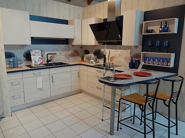 nobilia musterk che nobilia l k che mit toller austattung ausstellungsk che in westhausen von. Black Bedroom Furniture Sets. Home Design Ideas