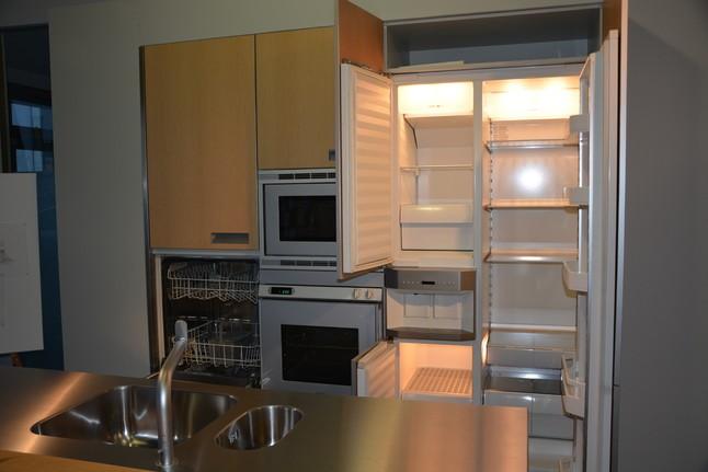 bulthaup musterk che eiche aluminium ausstellungsk che in bruchsal von friedrich gmbh. Black Bedroom Furniture Sets. Home Design Ideas