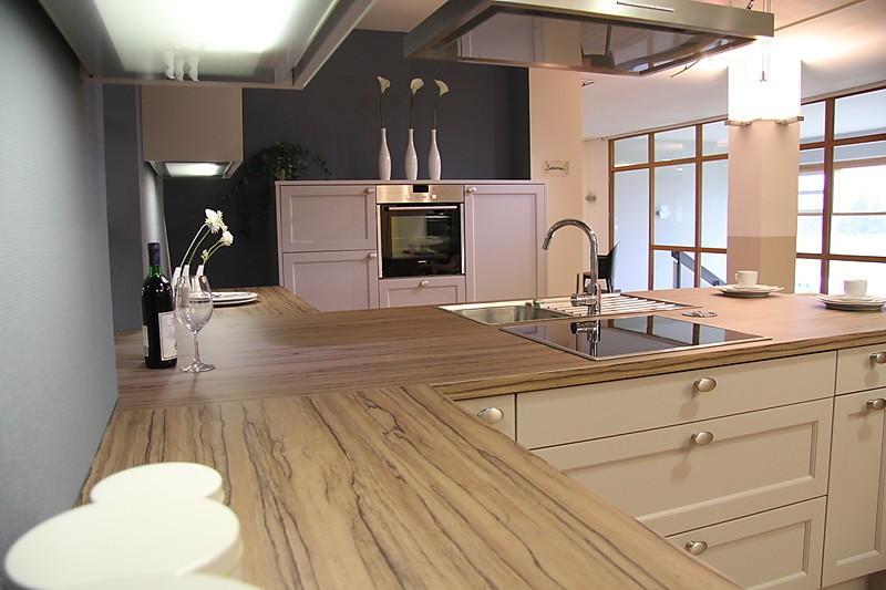selektion d2 musterk che romantische landhausk che aus. Black Bedroom Furniture Sets. Home Design Ideas