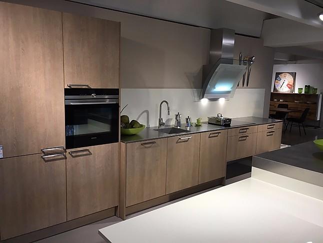 Küchenzeile Insel ~ eggersmann musterküche moderne küchenzeile mit insel ausstellungsküche in altenriet von fenchel