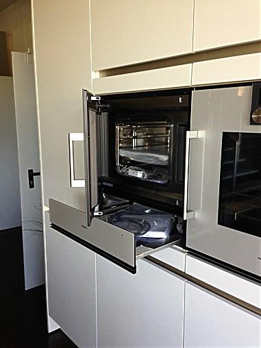 dampfgarer und kombiger te gaggenau dampfbackofen ausstellung gaggenau dampfbackofen bsp 250. Black Bedroom Furniture Sets. Home Design Ideas