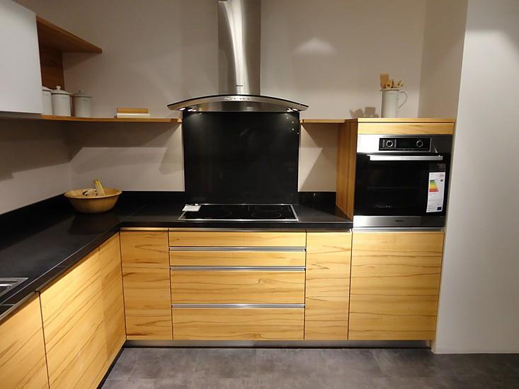 team7 musterk che kernbuche natur l ausstellungsk che in olching von m bel keser. Black Bedroom Furniture Sets. Home Design Ideas