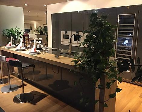 poggenpohl preise trendy ausstellung seipp wohnen modell segmento with poggenpohl preise. Black Bedroom Furniture Sets. Home Design Ideas