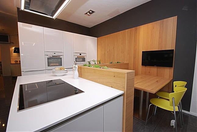 contur musterk che verkauft ausstellungsk che in. Black Bedroom Furniture Sets. Home Design Ideas