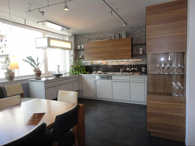 leicht musterk che verkauft ausstellungsk che in. Black Bedroom Furniture Sets. Home Design Ideas