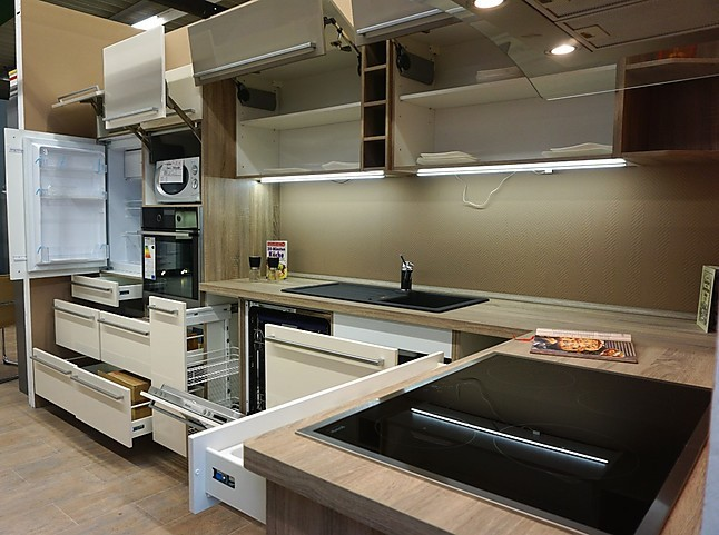 Express Küchen-Musterküche Moderne L-Küche Magnolie glänzend ...