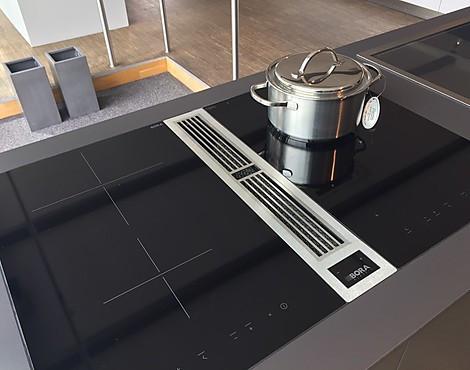 musterk chen neueste ausstellungsk chen und musterk chen seite 25. Black Bedroom Furniture Sets. Home Design Ideas