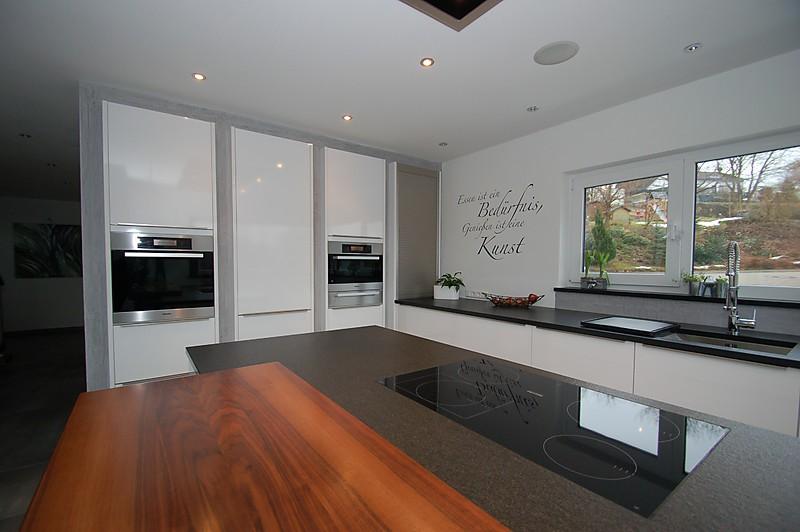 hochschr nke verkoffert granit arbeitsplatte und. Black Bedroom Furniture Sets. Home Design Ideas