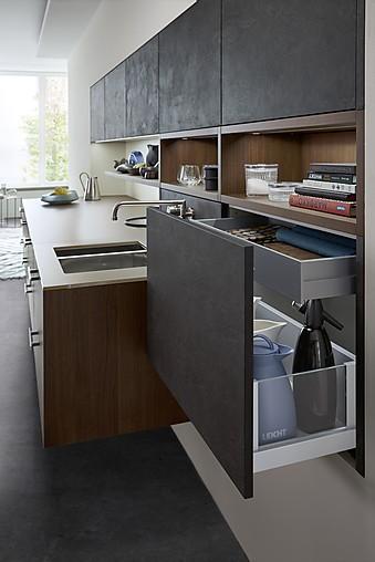 leicht musterk che unglaublicher charme bei dieser perfekten design k che in beton mit. Black Bedroom Furniture Sets. Home Design Ideas