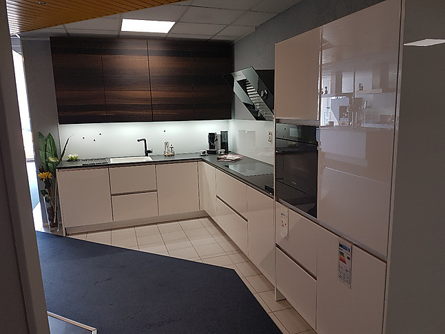 Rational-Musterküche Klassich geplante L Küche in ...