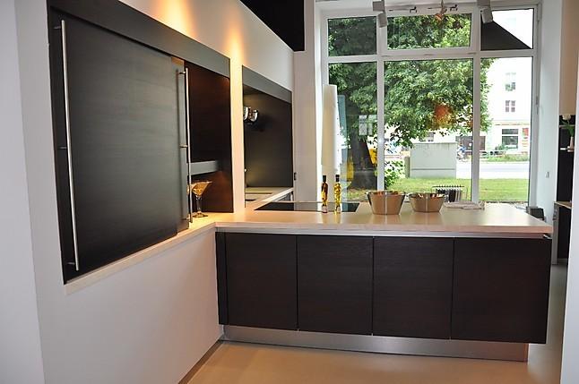 siematic musterk che moderne k che mit echtholzoberfl che mit traumhaften arbeitsplatten in. Black Bedroom Furniture Sets. Home Design Ideas