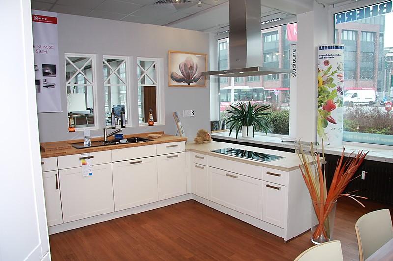 nolte musterk che klassisch matt cremefarben mk 08 o g m apl ausstellungsk che in hamburg von. Black Bedroom Furniture Sets. Home Design Ideas
