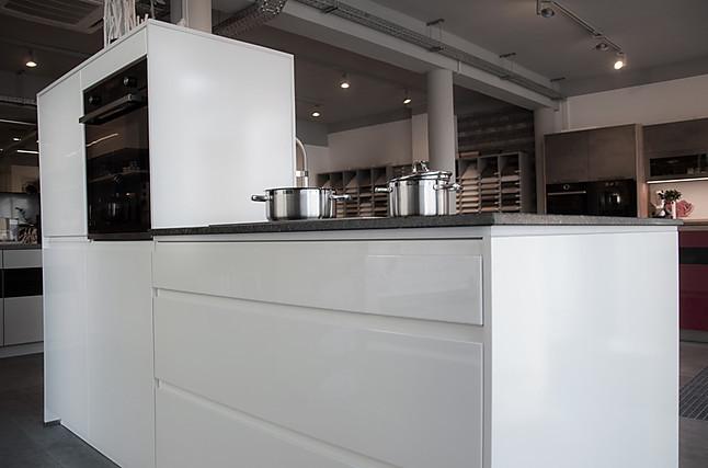nobilia-musterküche moderne lack, weiß hochglanz küche