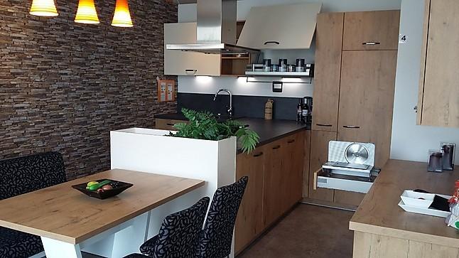 brigitte musterk che kunststoff holzdekor t k che ausstellungsk che in durach ortsmitte von. Black Bedroom Furniture Sets. Home Design Ideas