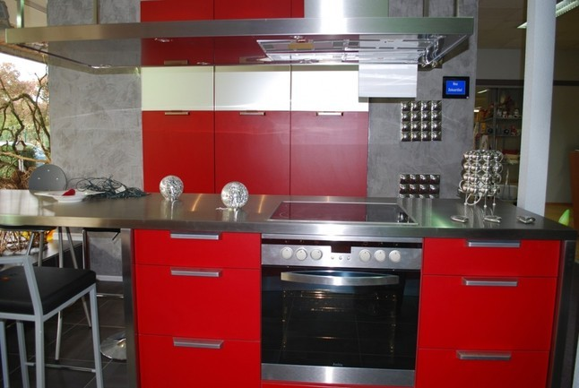 schmidt küchen-musterküche moderne rote küche mit