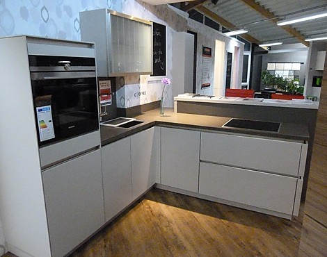 musterk chen ihr k chenhaus in regensburg. Black Bedroom Furniture Sets. Home Design Ideas
