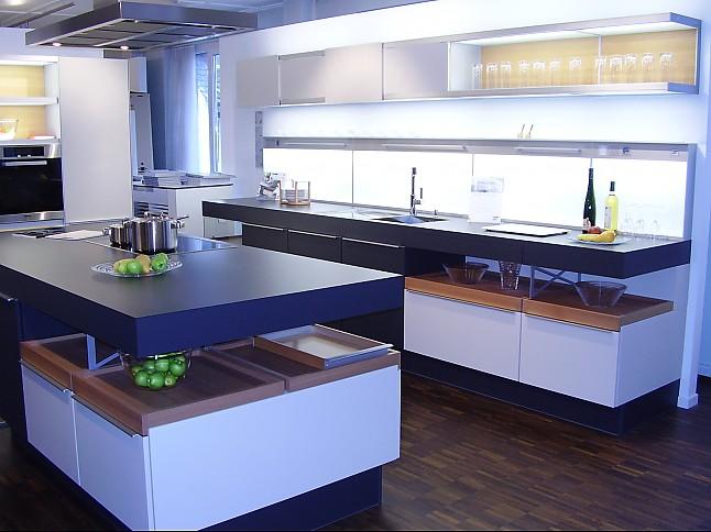 Poggenpohl musterkuche moderne designkuche for Poggenpohl musterküche abverkauf