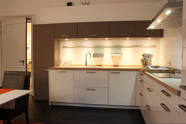 Siematic-Musterküche Moderne Küche In Lack Hochglanz Und Matt