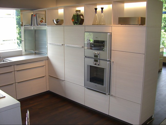 beeck musterk che ausstellungsk che mit gaggenau miele gutmann siemens einbauger te. Black Bedroom Furniture Sets. Home Design Ideas