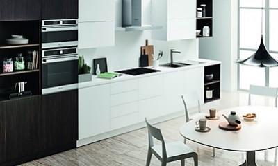 Wohnen und Kochen mit Stil - dank der neuen Design-Kollektionen für Einbaugeräte von Bauknecht
