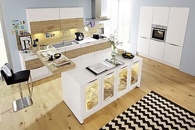 Hochwertige Küche in Weiß
