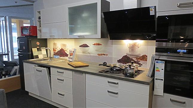 nobilia musterk che k chenblock in 2 farben ausstellungsk che in castrop rauxel von k b k chen. Black Bedroom Furniture Sets. Home Design Ideas