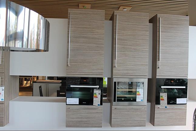 next125 musterk che sch ller next nx 500 ausstellungsk che und hochschr nke ausstellungsk che. Black Bedroom Furniture Sets. Home Design Ideas
