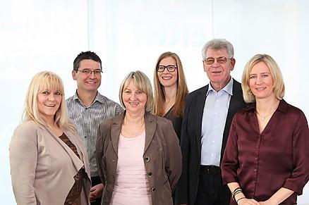 Das Team von RK Küchenkultur - von links: Silvia Rösch, Uwe Kurz, Heide Kopp, Bianka Forster, Wolfgang Rieth und Simone Rieth