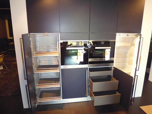 next125 musterk che nx 901 indigoblau ausstellungsk che in regensburg von pusch schreib gmbh. Black Bedroom Furniture Sets. Home Design Ideas