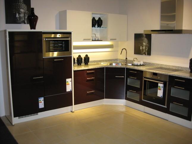 nobilia musterk che 453 primo ausstellungsk che in beckum neubeckum von kuschnereit haus. Black Bedroom Furniture Sets. Home Design Ideas