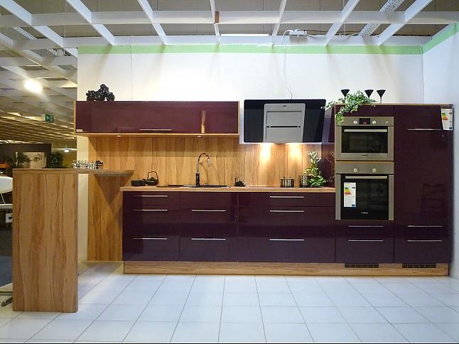 bauformat musterk che k chenzeile hochglanz mit bar und dampfgarer ausstellungsk che in. Black Bedroom Furniture Sets. Home Design Ideas