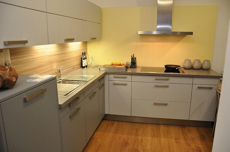 kuche hellgrau matt die neuesten innenarchitekturideen. Black Bedroom Furniture Sets. Home Design Ideas