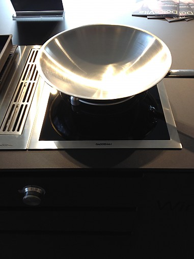 kochfeld vi414110 wp 400001 wz 400001 vario induktions wok mit zubeh r gaggenau k chenger t. Black Bedroom Furniture Sets. Home Design Ideas