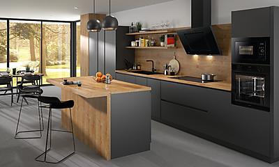 Küche mit ORANIER pureBlack Geräten