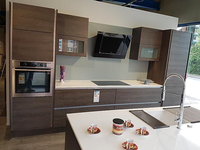 nobilia musterk che grifflose zeitlose nobilia k che ausstellungsk che in bochum von k chen. Black Bedroom Furniture Sets. Home Design Ideas